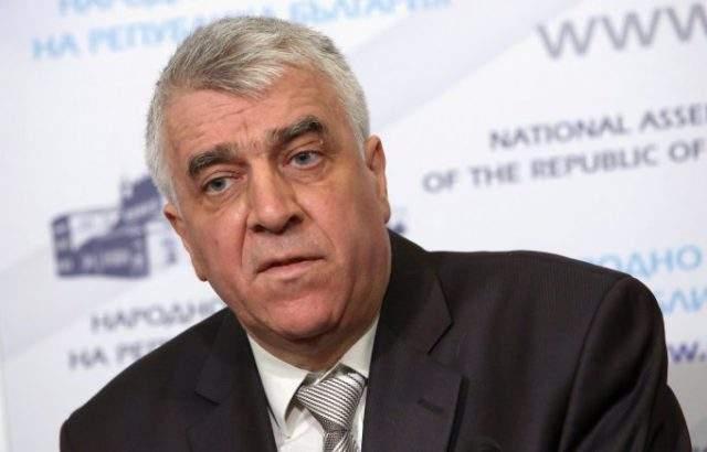 Румен Гечев: През последните седмици лъсна грабежът на управляващите