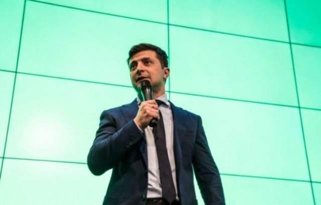Зеленски иска строги санкции за Русия заради процедурата за руско гражданство