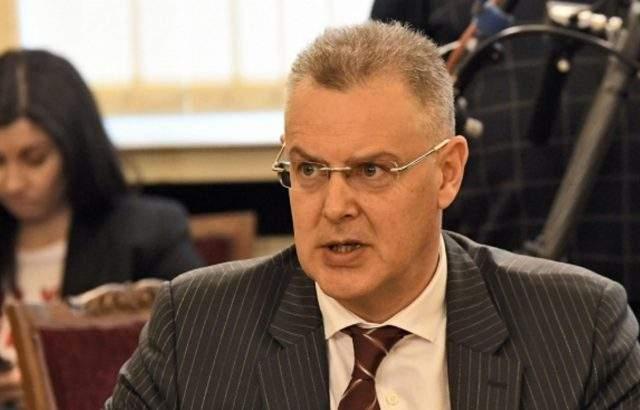 Александър Андреев: Първите данни за избирателна активност очакваме около 11 часа