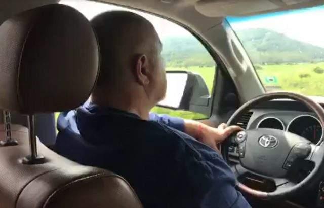 Борисов продължава с обиколките, инспектира пътя за Габрово