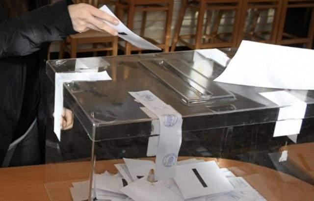 Всички 625 избирателни секции във Варна са отворени