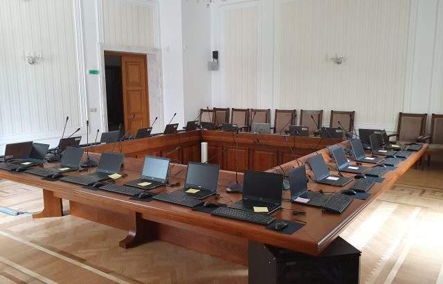 Помещенията в ЦИК за обработка на компютърните данните от изборите са готови
