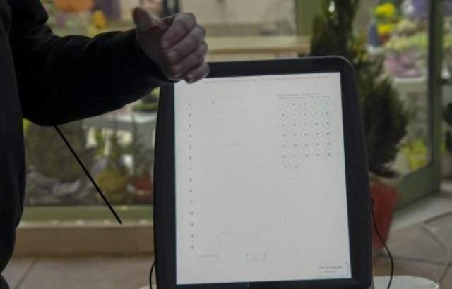 Във Варна и Видин има проблем с машинното гласуване