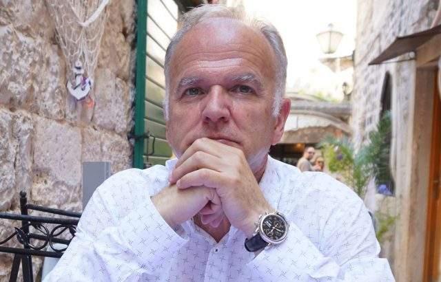 Боян Чуков: Оставането на Нинова начело на БСП ще удължи агонията