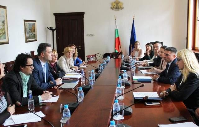 Данаил Кирилов обеща на адвокатите преодоляване проблемите на Търговския регистър