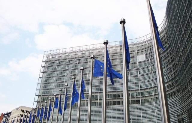 Имената на избраните евродепутати във Великобритания ще са ясни в неделя