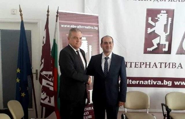 Румен Петков на среща със сирийския посланик