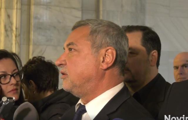 Валери Симеонов за партийната субсидия: Може да изчакаме ГЕРБ, може и да не ги изчакаме