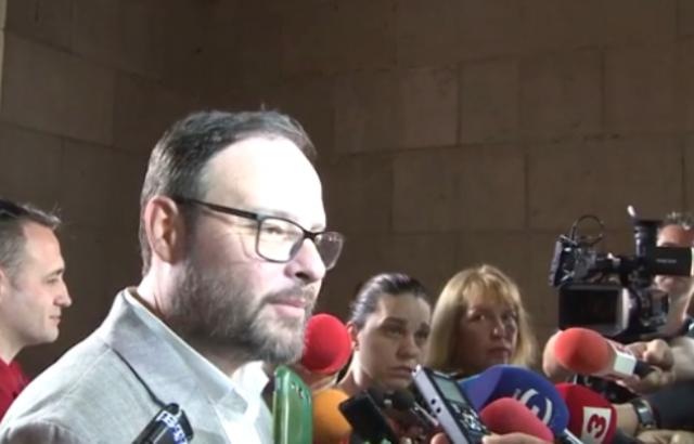 """Десислав Чуколов: Ще гласуваме за 1 лв. субсидия, """"Атака"""" 4 г. е работила без държавни пари"""