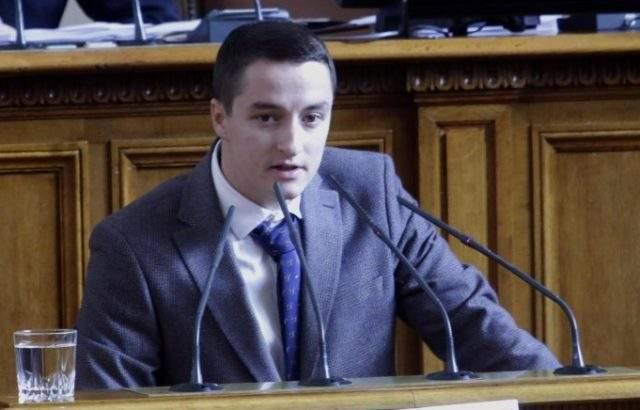 Явор Божанков: Със субсидиите се отклонява вниманието от големите теми