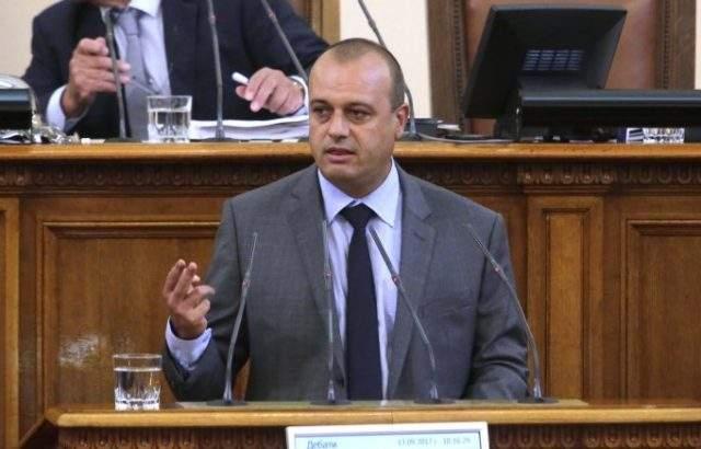 """Христо Проданов, БСП: Приходите от приватизацията на кораба """"Ураган"""" да постъпят в Сребърния фонд"""