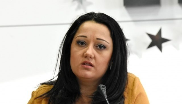 Лиляна Павлова: БСП сами се потапят