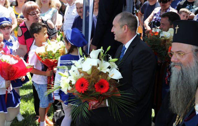 Президентът: Важното е България да не остава без политическа опозиция