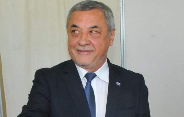 Валери Симеонов: Не е ясно кой управлява България, ГЕРБ и ДПС са купували цигански гласове