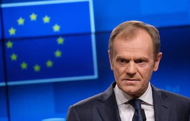 Комисия разпита Доналд Туск за незаконни операции на полски компании с ДДС