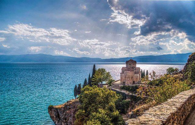Зоран Заев заплаши кметът на Охрид, че ще му отнеме правомощията