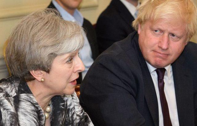 Тереза Мей поздрави Борис Джонсън и му обеща подкрепа за Брекзит