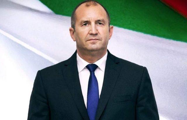 Държавният глава ще удостои български военнослужещи с висше офицерско звание