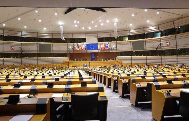 Над 10 млн. лв. държат на депозити в банки евродепутатите ни