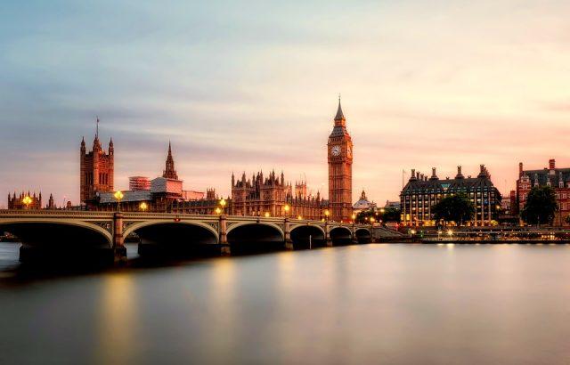 Над половината британци искат референдум за споразумението за Брекзит