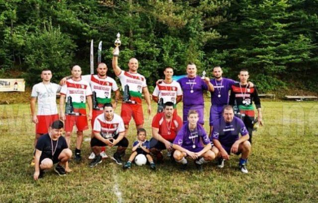 Благотворителен турнир, организиран от Жельо Желев от ГЕРБ, събра пари за педиатрично отделение