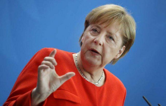 Меркел: Европа няма да е обединена без държавите от Западните Балкани