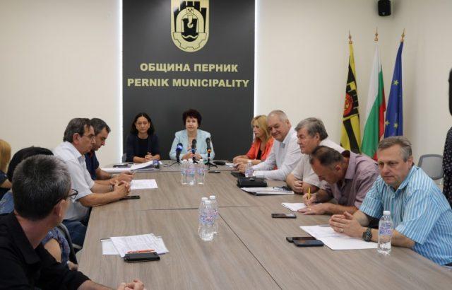 Перник избра състава на ОИК за местните избори