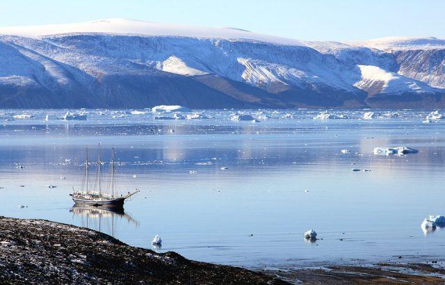 Идеята Дания да продаде Гренландия на САЩ е абсурд