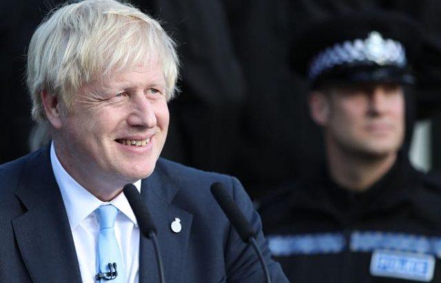 Борис Джонсън ще обсъди Брекзит на обяд с европейският преговарящ Мишел Барние