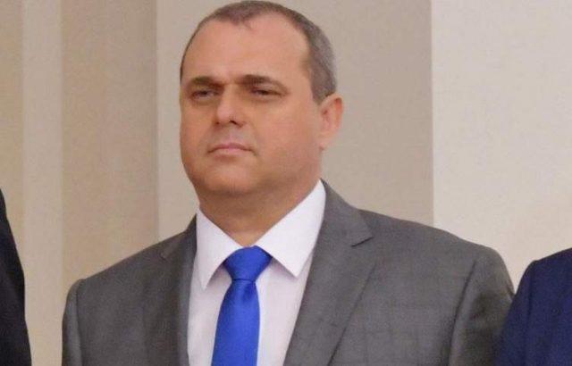 Искрен Веселинов: Сидеров тиражира в абсолютни лъжи