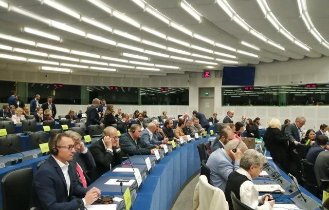 Джамбазки: Европейският парламент за пореден път се подиграва с интересите на работещите в транспорта
