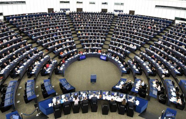 Европейският парламент се събира на първо заседание след отпуската