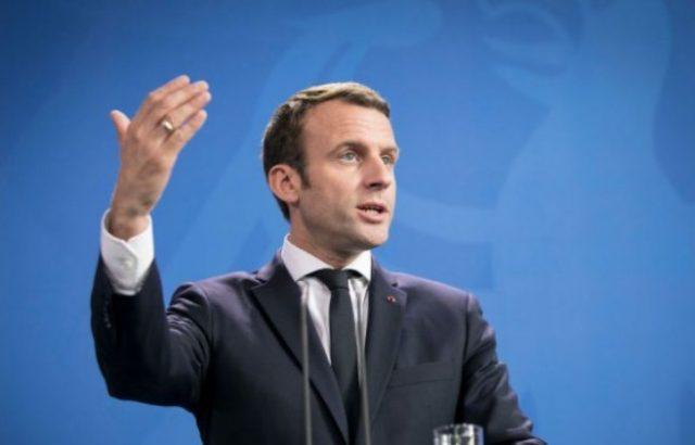 Макрон е съгласен с предложението на Конте за автоматична система за мигрантите