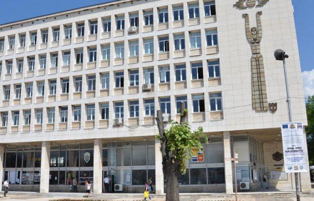 Шефката на ГЕРБ в Мездра повежда листата в града