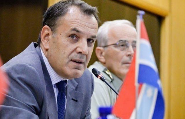 Гръцки министър на отбраната: Изместваме България по охраната на небетона Македония