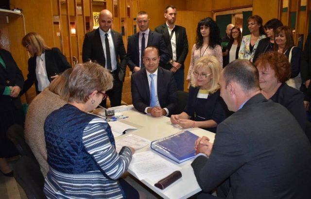 ГЕРБ-Враца се регистрира за изборите