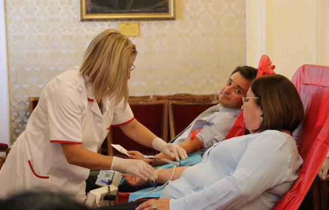 Дариткова: Показахме политическо единомислие в каузата за кръводаряване