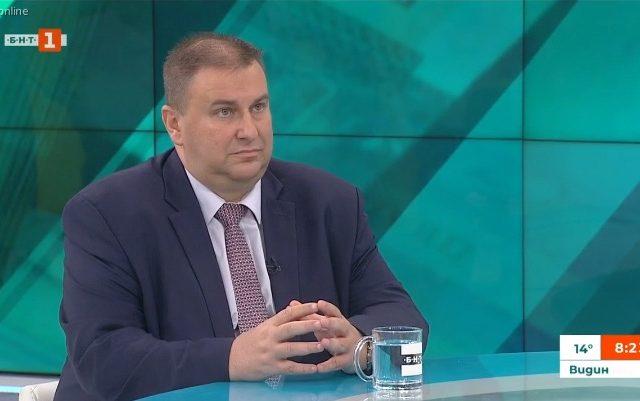 Емил Радев: България е един от отличниците в борбата с пране на пари