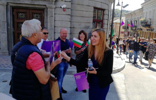 Ръст на нощувките с 15% отчете Ангелкова