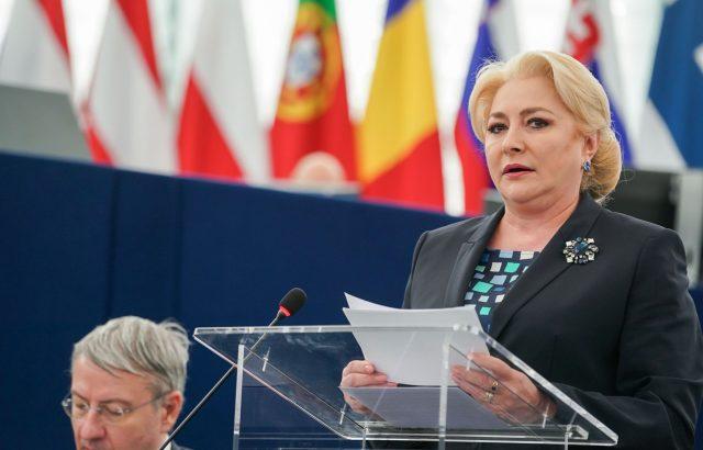 Румънският премиер обвини президента, че подкрепял строеж на завод на Фолксваген в България