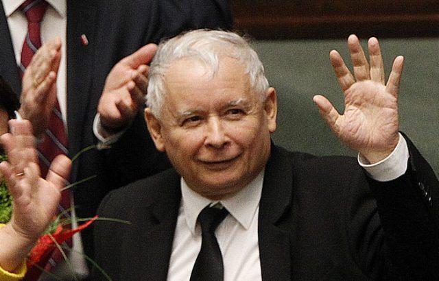 """Полската управляваща партия """"Право и справедливост"""" поиска частично повторно преброяване за сенат"""