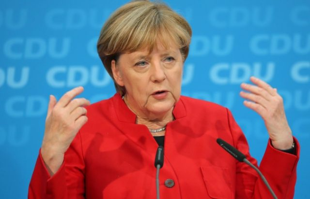 Меркел пред ЕС: Ново отлагане на Брекзит е неизбежно
