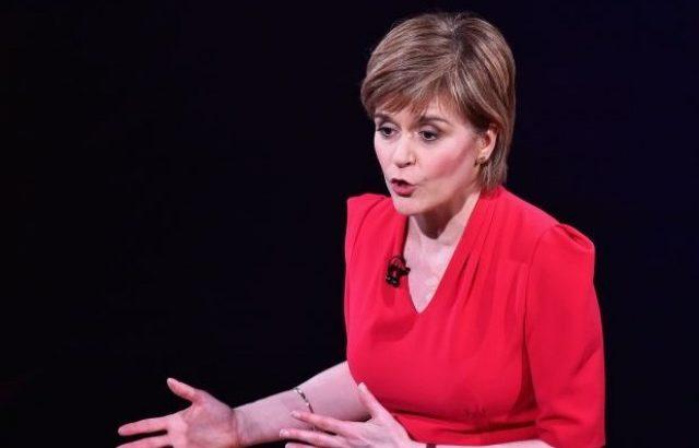 Шотландия заплаши с референдум за независимост