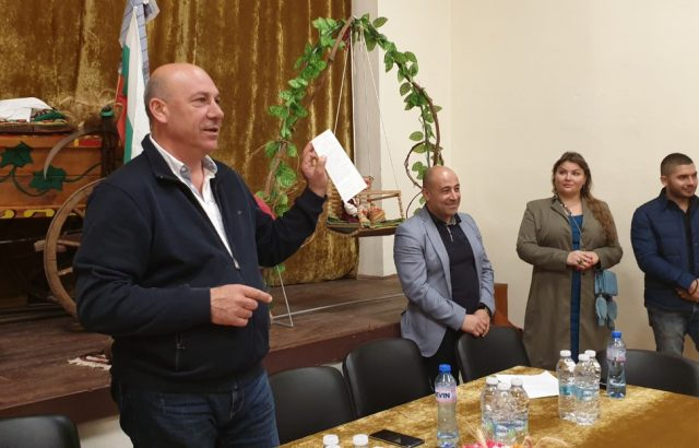 Кандидатът на ГЕРБ за Поморие Иван Алексиев обеща парк за с. Александрово