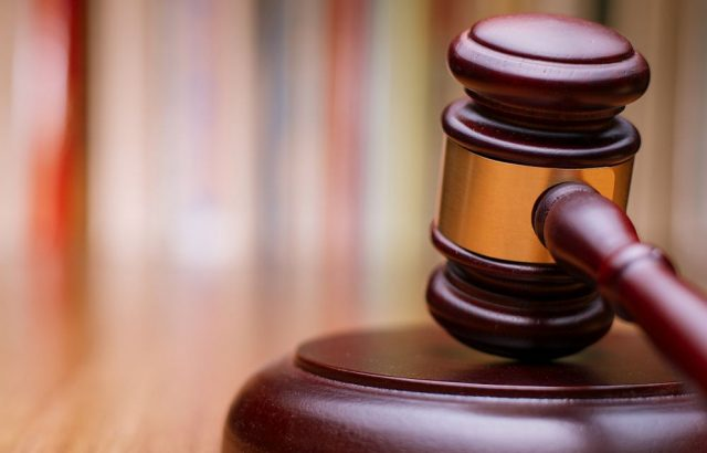 Съдят общинска съветничка отговаряща за борба с корупцията за… лихварство