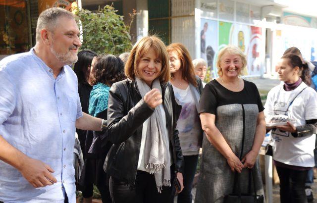 Ново проучване: При балотаж Фандъкова печели с 55,8% срещу 44,2% за Манолова