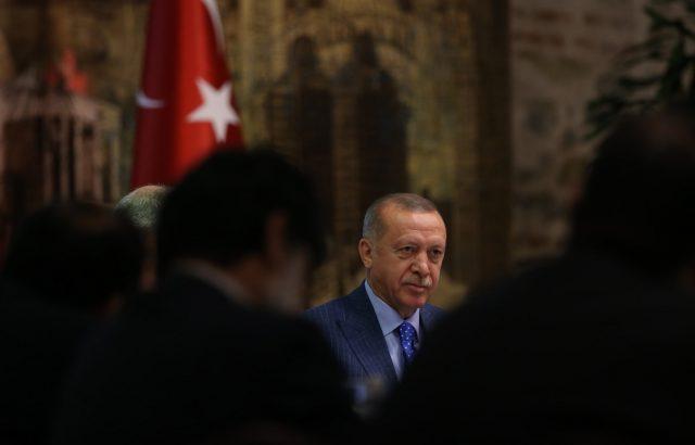 Ердоган обяснил на Макрон  целите на провежданата военна операция в Сирия