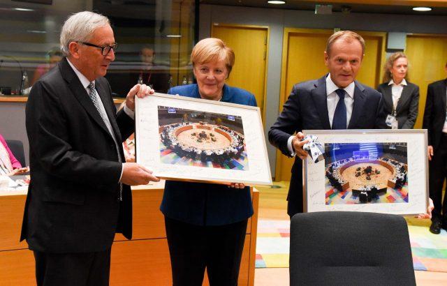 Евролидерите си взеха довиждане с Юнкер