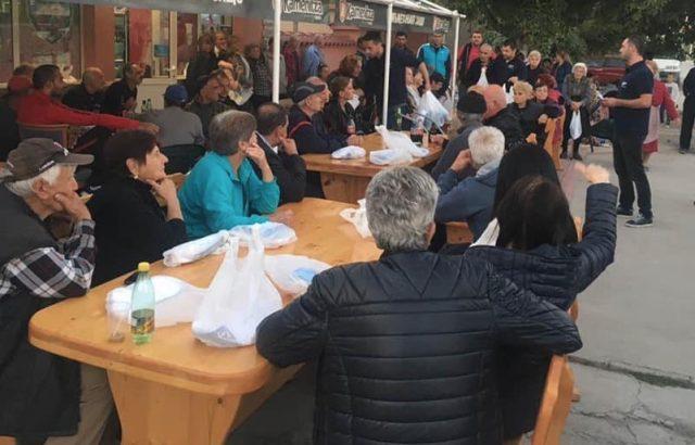 Гуджеров и кандидатите за общински съветници от ГЕРБ се срещнаха с жителите на село Стряма