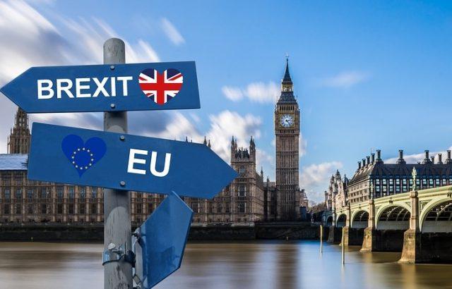 Брюксел: Ратифицирането на споразумението за Брекзит до 31 октомври е невъзможно